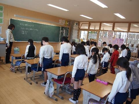 東日本大震災への黙とう